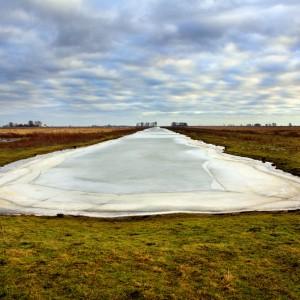 Eiland Tiengemeten (2010) | 157 x 232 cm | fine art papier op dibond met houten lijst | Oplage 15 + 2AP | Lenny Oosterwijk | Gallery Untitled