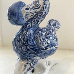 Darwins Dodo | Oplage: 100 (iedere beschildering uniek) | Hoogte 15 cm | Keramiek | Pepijn van den Nieuwendijk | Gallery Untitled