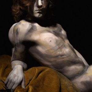 Bodypaint no. 2 (2013) | 95 x 68 cm | inkjet op hahnemuhle photo silk baryta papier, bevestigd op dibond 2 mm in houten lijst (donkerbruin) | Oplage 5 | Koen Hauser | Gallery Untitled