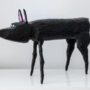Untitled (staand spitse neus) | Hoogte: 42 cm (L: 66 cm) | Hout | Origineel | Peter Bastiaanssen | Gallery Untitled