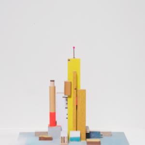 Building 03, 2019 | Oplage: 1/1 | 29,5 x 19 x 27 cm | div. soorten hout/multiplex, lak en kunststof | Floris Hovers | Gallery Untitled