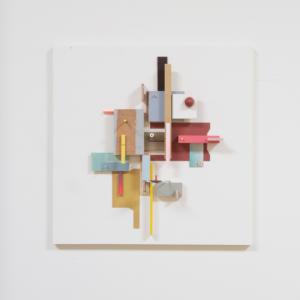 Compositie 05, 2019 | Oplage 1/1 | 50 x 50 cm | div. soorten hout/multiplex, lak (water/terp.), karton, kunststof | Floris Hovers | Gallery Untitled